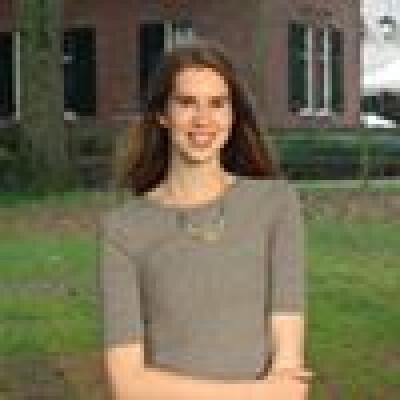 Sofie zoekt een Appartement/Huurwoning/Kamer/Studio in Amsterdam