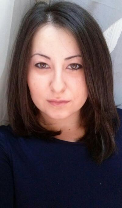 Corinna zoekt een Appartement/Huurwoning/Kamer/Studio in Amsterdam