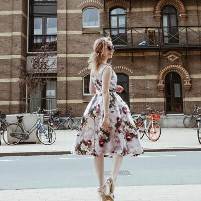 Charissa zoekt een Appartement / Huurwoning / Kamer / Studio in Amsterdam