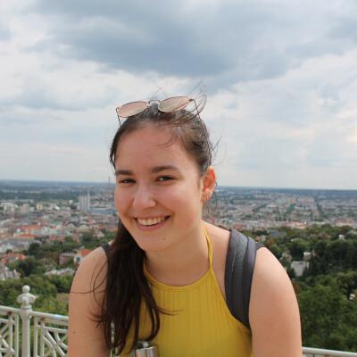 Nadine zoekt een Kamer / Appartement in Amsterdam